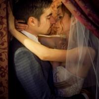 Фото: свадьба Андрея и Кати летом на природе, стиль ретро - 13