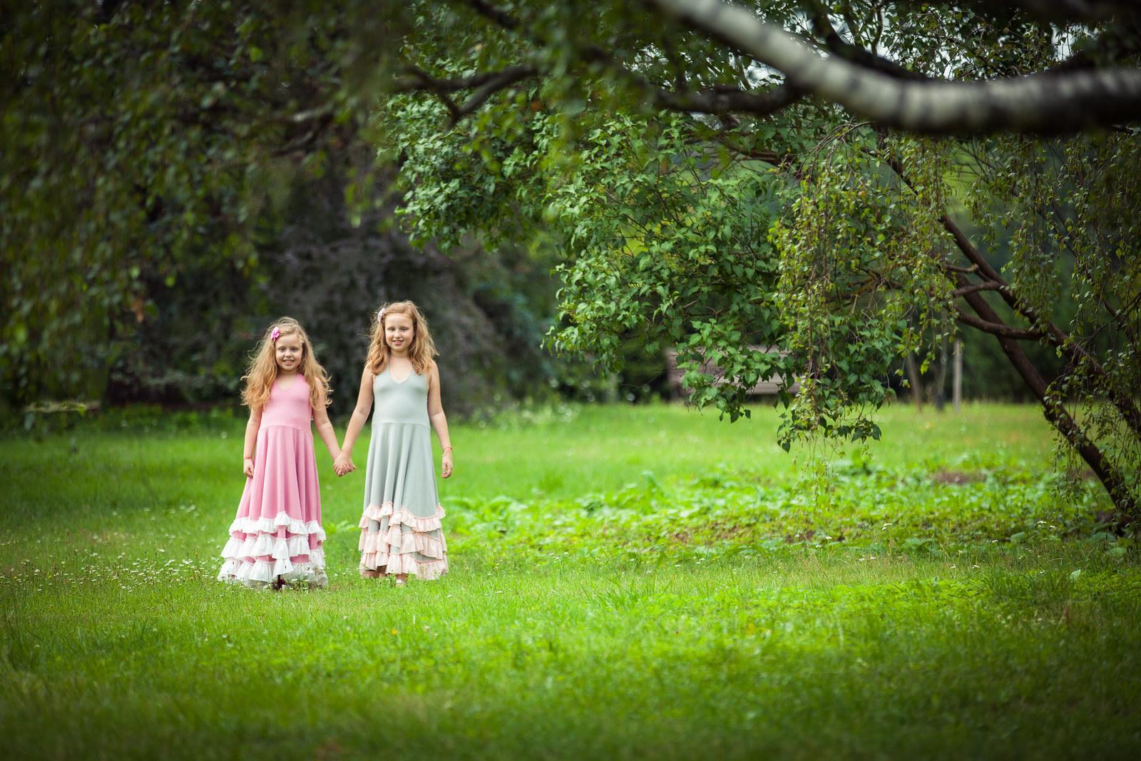 Позы для фото на природе с ребенком идеи