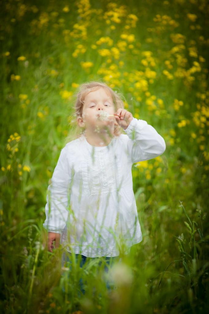 Детский фотограф в Минске: фотосессия на природе